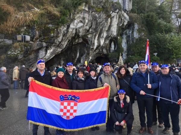 Lourdes 3